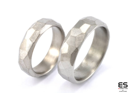 Wedding Rings Titanium - Faceted Surface