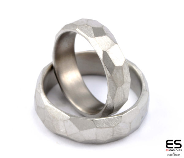 Wedding rings titanium facetted 2.0 mm ineinander ESJewelry
